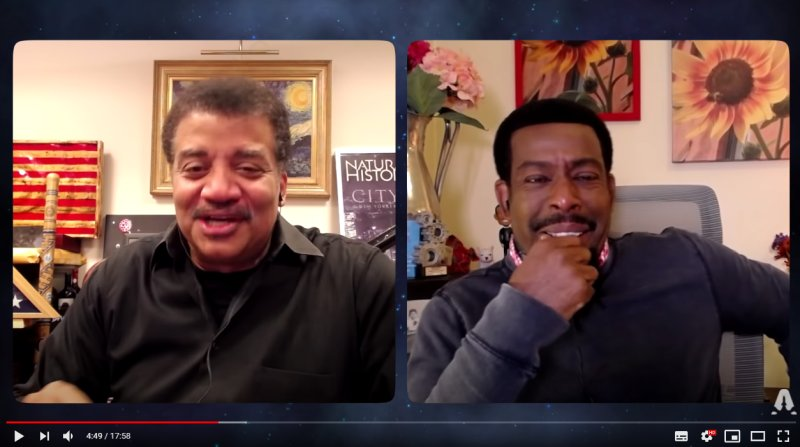 Shows Neil deGrasse Tyson talking about the end of the year, 2020.