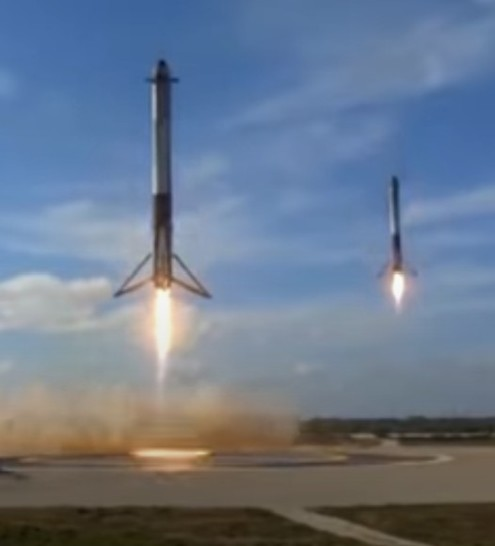 Two boosters landing together